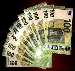 1100 Euro